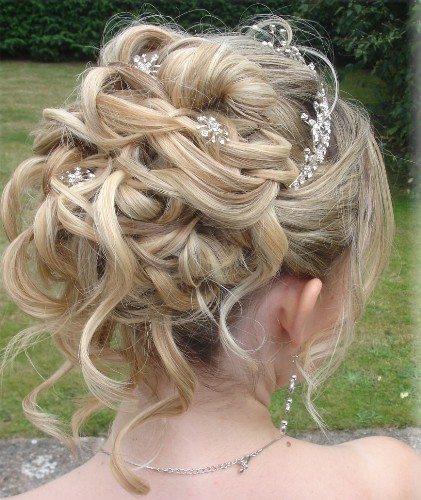 20 Gorgeous Wedding Hairstyles For Long Hair: 20 Best Bridal Hairstyles For Long Hair With Images