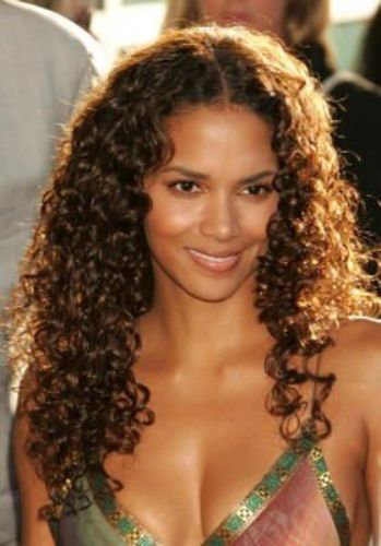 Halle Berry- Cascading Curls