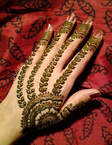 Latest Mehndi Designs 38