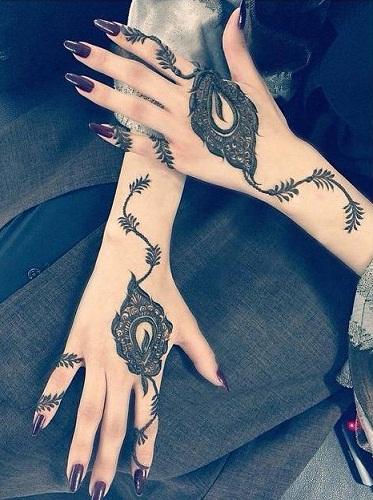 Latest Mehndi Designs 40