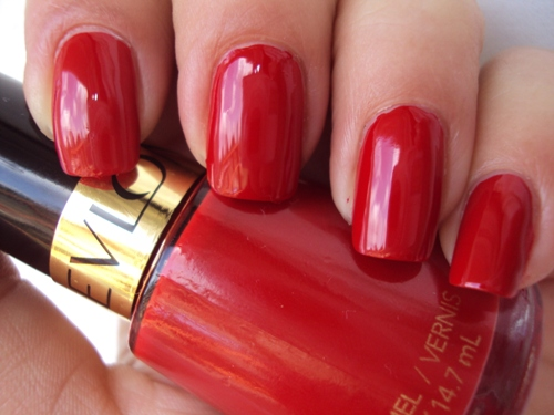 9 Beautiful and Cute Red Nail Polishes | Styles At Life