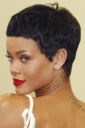 Rihanna- Pixie Shag
