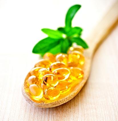 Vitamin E capsules with almond