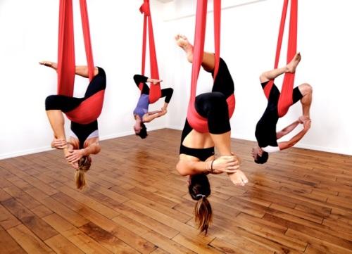 arieal yoga3