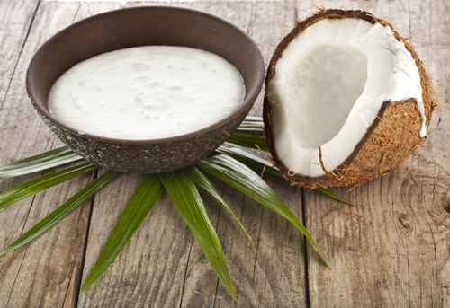 coconut-milk-for-hair-growth