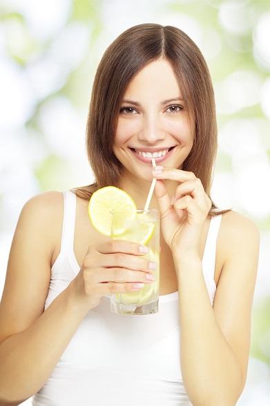 lemonade drinking woman
