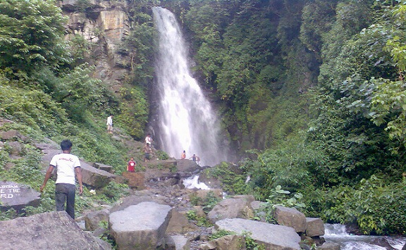 parks-in-manipur-leimaram-waterfall