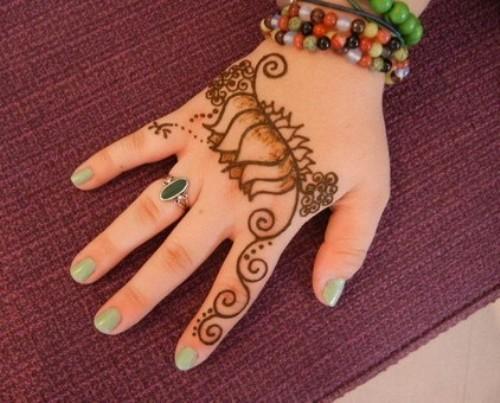 Simple Mehndi Henna Designs Legs : Feet mehndi design leg henna arabic feets diy