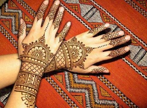 cute finger mehndi designs