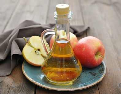Apple cider vinegar for Straighten Your Curly Hair