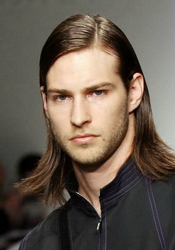 Long and Straight Hairstyle for Men