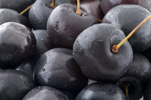 Fruits for Weight Loss - Black Cherries