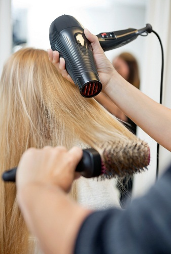 How to Straighten Your Hair - Wash and Blow Dry