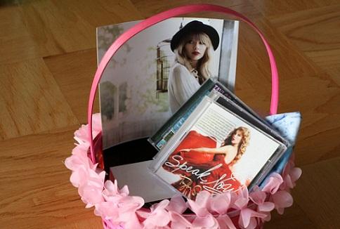 music-album-wedding-anniversary-gifts-for-husband