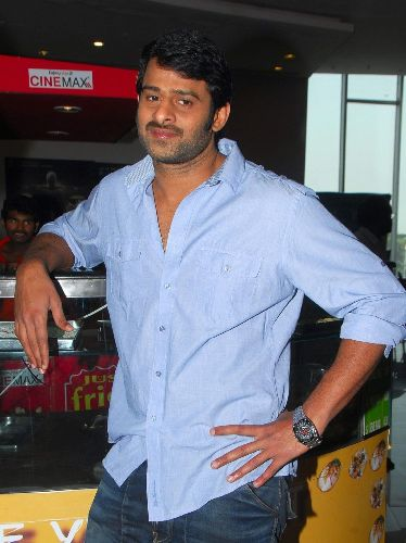 8 Pictures Of Prabhas With And Without Makeup | Styles At Life