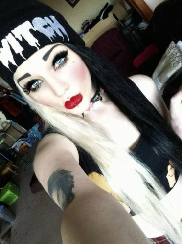 9 Best Emo Makeup Looks Styles At Life