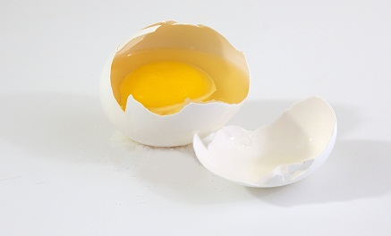 Rotten Eggs For Damaged Hair