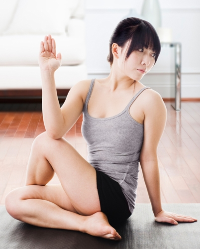 Seated Back Twist Exercises to Improve Flexibility