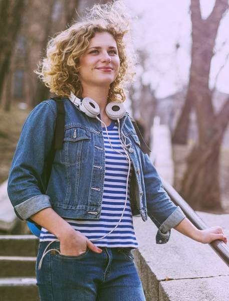 Short Curly Hairstyles 1