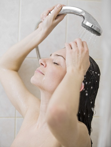 Showering Woman for silky hair