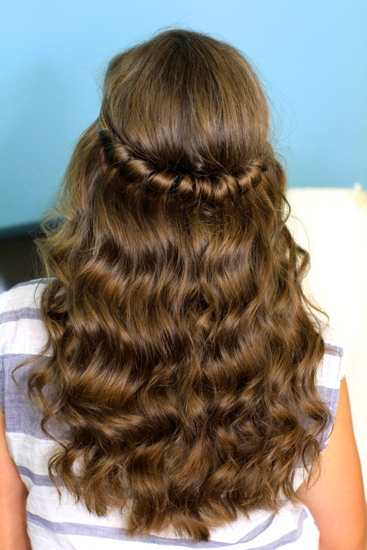 Straight/Curled and Twisted Look