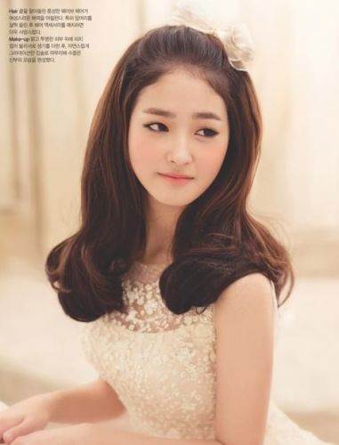 15 best korean hairstyles for girls styles at life this ccuart Choice Image