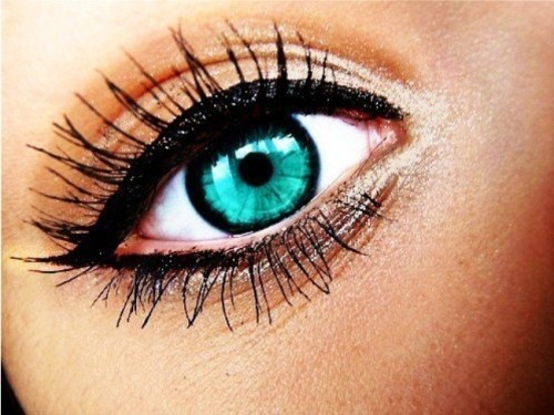 9 different types of eye makeup styles at life. Black Bedroom Furniture Sets. Home Design Ideas