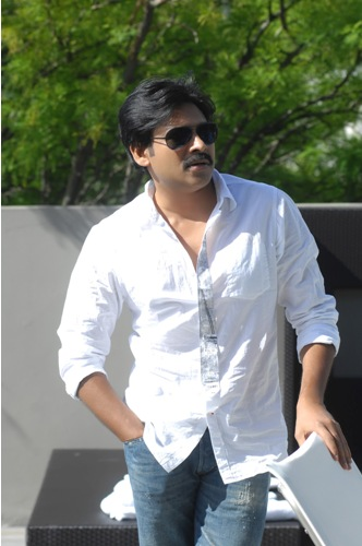 10 Unseen Pictures Of Pawan Kalyan With And Without Makeup