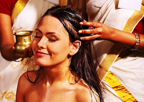 hot-oil-massage-for-hair-fall-treatment