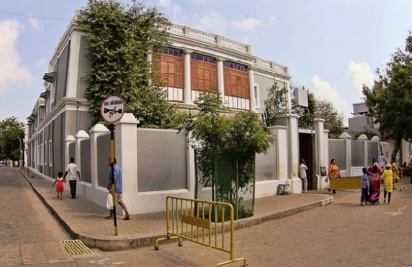 parks-in-pondicherry-aurobindo-ashram
