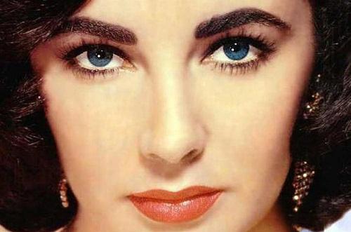 Beautiful Eyes in the World - Elizabeth Taylor