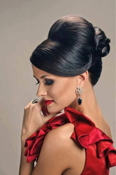 Top Indian Reception Hairstyles Styles At Life - Bun hairstyle for reception