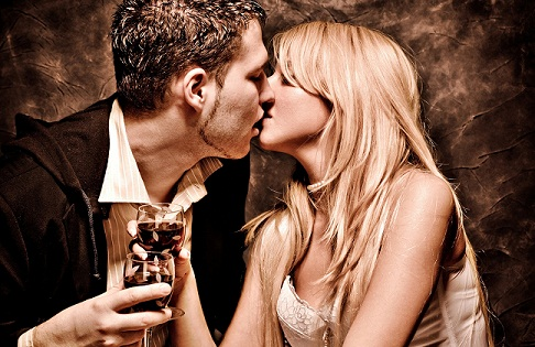 beverage-kiss-different-types-of-kisses-and-their-meanings