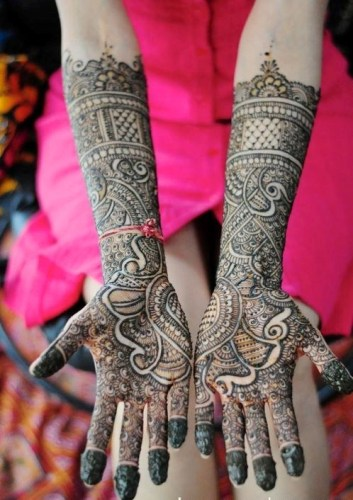 Bridal Mehndi Designs17