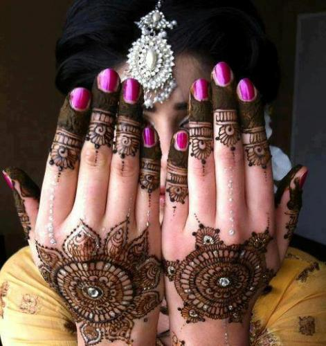 Bridal Mehndi Designs24