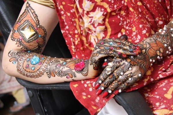 Bridal Mehndi Designs for Arms