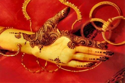 Simple Bridal Mehandi Designs