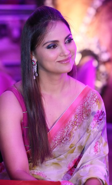 Lara Dutta beauty secrets 8