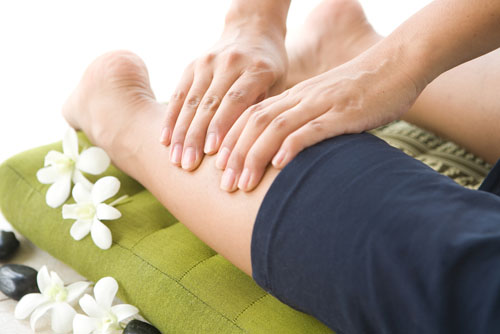 25 Best Home Remedies For Muscle Strain Treatment | Styles ...