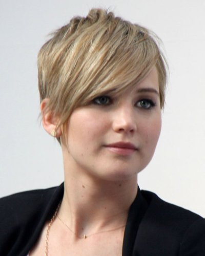 30 best haircuts and hairstyles with bangs to check out