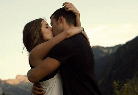 sensually-desired-kiss-different-types-of-kisses-and-their-meanings