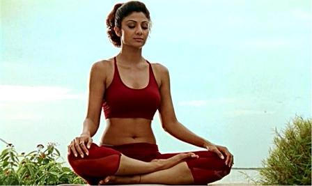 Shilpa Shetty Fitness Yoga