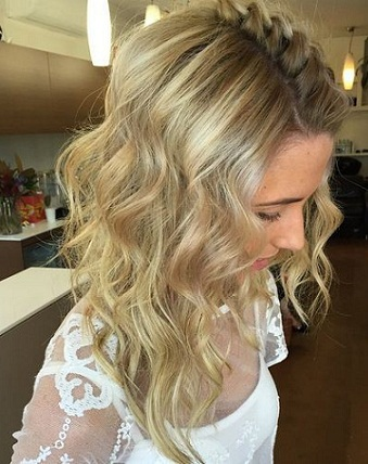 Wavy Hairstyles 23