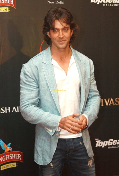 9 Pictures Of Hritik Roshan With And Without Makeup  Styles