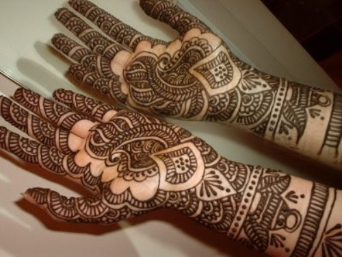Patterned mehndi designs