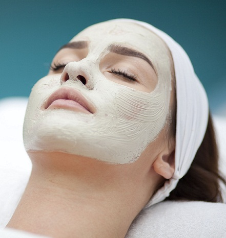 Regular Facials for glowing skn