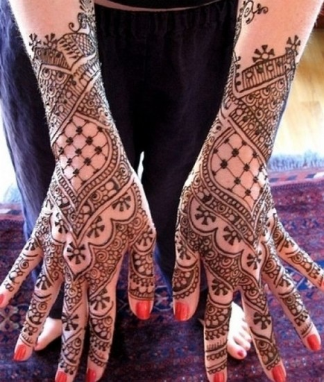 15 Best Engagement Mehndi Designs with Images