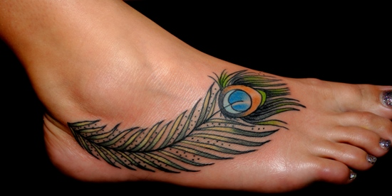 120b1db6a85f2 This design is extremely pretty and can be drawn anywhere you wish on the  body. To your advantage, is the design of this peacock feather tattoo,  which ...