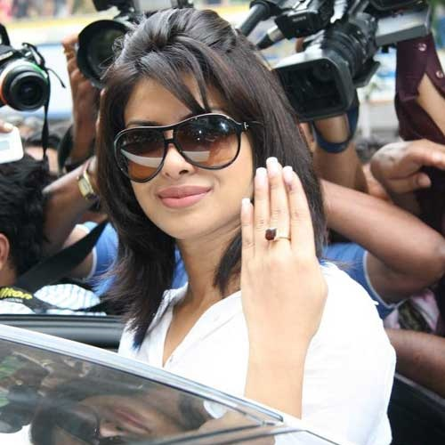 priyanka-chopra-without-makeup-16