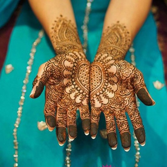 Mehndi Heart Shape : Trending heart shaped mehndi designs with pictures